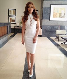 ⚪️⚪️⚪️ Maja Salvador is a balance of innocence, and sexy for a Tupperware event. Dress custom-made by Beauty /Hair Thanks Madame and Maj, my loves. Maja Salvador, Teen Actresses, Office Looks, Filipina, Bollywood Actors, Tupperware, Halo, Fashion Models, Bodycon Dress