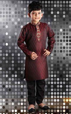 Latest maroon sherwani with black pajama for kids Baby Boy Dress, Baby Boy Outfits, Baby Boy Ethnic Wear, Boys Kurta Design, Black Pajamas, Indian Boy, Designer Suits For Men, Kids Suits, Sherwani