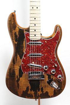 Fender Custom Shop Spalted Maple Top Artisan Stratocaster (Buckeye)