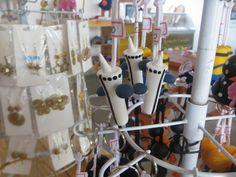Aspecto Econômico  - A diversidade e qualidade dos produtos na Loja da Torre estimula o visitante fazer a compra e obter uma registro físico da visita.