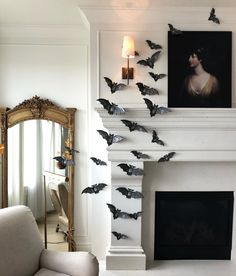 Happy Halloween everyone! I'll be the first to admit I'm the biggest fan of Halloween decor. However this beautiful simplistic approach by immediately caught my eye and got me thinking of spooky decor in a new way. Happy Halloween, Halloween Mantel, Halloween Home Decor, Cool Halloween Costumes, Halloween House, Holidays Halloween, Halloween Diy, Spooky Decor, Classy Halloween
