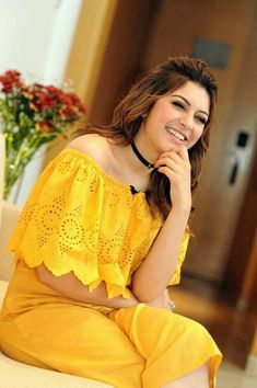 Indian Beautiful Actress and Models: South Indian Actress Hansika Motwani Indian Actress Photos, Actress Pics, South Indian Actress, Indian Actresses, Hot Actresses, Most Beautiful Indian Actress, Beautiful Actresses, Indiana, Beautiful Girl Image