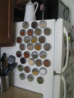 Make Your Own Magnetic Spice Rack  This is a super spice space saver! Say that 3 times fast.