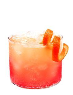 Zinger:     90 ml pompelmoessap,     60 ml veenbessensap,     sodawater. ~ Vul een rocks glas met gemalen ijs.  Voeg de sappen toe.  Vul aan met sodawater.  Garneer