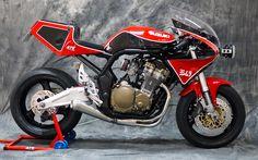 Suzuki Suzuka special by XTR / Pepo Rosell (ex Radical Ducati) Suzuki Motos, Moto Suzuki, Suzuki Bikes, Suzuki Motorcycle, Cafe Racer Motorcycle, Suzuki Gsx, Suzuki Cafe Racer, Bobber Custom, Custom Motorcycles