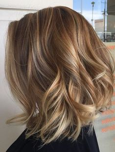 Blonde Lob with Highlights/Low-lights Layered Wavy Hairstyles 2018