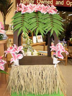 """Hawaiian themed  """"Wishing Well"""" or card box"""