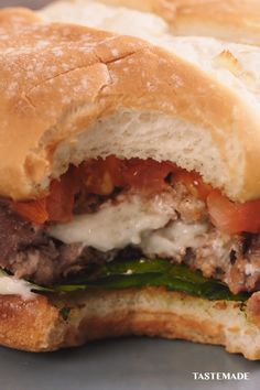 For a lunch break treat that's better for you and the planet, grill up a plant-based Beyond Meat® Juicy Lucy burger stuffed with creamy blue cheese crumbles and dig in. #GoBeyond #beyondpartner Grilling Recipes, Meat Recipes, Gourmet Recipes, Vegetarian Recipes, Dinner Recipes, Cooking Recipes, Healthy Recipes, Juicy Lucy, Cheesy Recipes