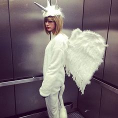 Taylor Swift se vestiu de unicórnio
