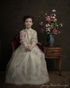 Photographer Gemmy Woud-Binnendijk Captures Portraits In The Style Of Old Master Painters – Design You Trust Art Photography Portrait, Photo Portrait, Vintage Photography, Girl Photography, Technique Photo, Portrait Studio, Old Portraits, Classic Paintings, Old Paintings