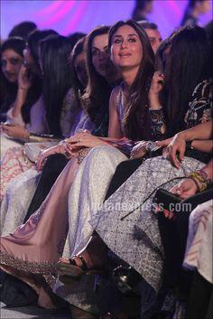 Kareena Kapoor at Manish Malhotra's #LFW2016 show. #Bollywood #Fashion #Style #Beauty #Hot #Sexy #Desi #Saree