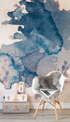On the lookout for sophisticated girly ideas? This watercolor wallpaper mural captures artistic flair with a super stylish palette of navy and blush pink. It would look great in modern living room spaces, and works well with grey accessories. Watercolor Wallpaper, Watercolor Walls, Painting Wallpaper, Office Wallpaper, Modern Wallpaper, Room Wallpaper, Wallpaper Ideas, Living Room Paint, Living Room Decor