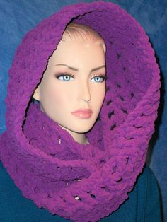 Hey, I found this really awesome Etsy listing at https://www.etsy.com/listing/247088539/chunky-scarf-purple-chunky-infinity