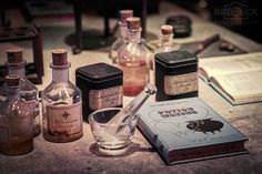 potter potions hogwarts - Harry Potter, Wizards Unite AR Game: What we know, what we hope for, what we guess, and what we can do to make the wait a little easier. Harry Potter World, Harry Potter Potions, Mundo Harry Potter, Slytherin Aesthetic, Harry Potter Aesthetic, Star Treck, Ar Game, The Wicked The Divine, Severus Rogue