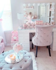 Teen Room Decor, Diy Bedroom Decor, Home Decor, Friday Eve, Happy Friday, Cute Room Ideas, Makeup Room Decor, Glam Room, Girl Bedroom Designs