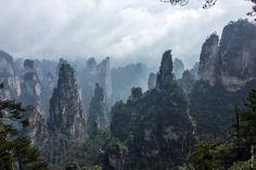 Планета Пандора существует – и это национальный парк Чжанцзязцзе в Китае. Именно это место вдохновило Джеймса Кэмерона на съемку «Аватара».