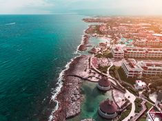 Learn all about the Top 10 Best Budget Honeymoon Destination around the world. Plan your trip accordingly! Best Budget Honeymoon Destinations, Honeymoon On A Budget, Tulum, Cancun, Mexico Resorts, Beach Resorts, Riviera Maya, Budget Friendly Honeymoons, Travel Deals