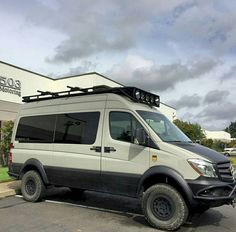 RV Hacks and Makeover: Mercedes Sprinter Outside Camper Conversion - Homearchitectur Mercedes Sprinter Camper, Benz Sprinter, 4x4 Van, 4x4 Camper Van, Mercedes Van, Mercedes G Wagon, Mercedes Maybach, Iveco 4x4, Iveco Daily 4x4