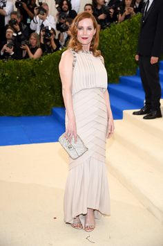 Leslie Mann attends the 'Rei Kawakubo/Comme des Garcons: Art Of The In-Between' Costume Institute Gala at Metropolitan Museum of Art on May 1, 2017. (Photo by Dimitrios Kambouris/Getty Images)  via @AOL_Lifestyle Read more: https://www.aol.com/article/lifestyle/2017/05/01/all-met-gala-2017-red-carpet-arrivals/22064139/?a_dgi=aolshare_pinterest#fullscreen
