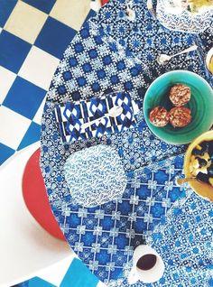 Mozaiğin dokusunu hissedeceğiniz bir #pazar kahvaltısına ne dersiniz? #happy #sunday #ceramicsdesign #mozaik