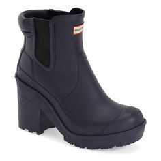 "Hunter 'Original - Block Heel' Chelsea Rain Boot, 3 1/2"" heel (€160) ❤ liked on Polyvore featuring shoes, boots, ankle booties, ankle boots, midnight, hunter boots, platform booties, high heel bootie, short boots and platform ankle booties"
