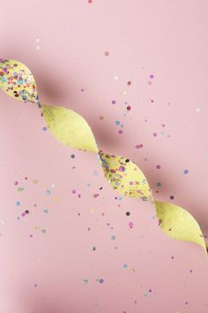 DIY Confetti Streamers