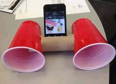 iphone DIY speakers paper roll and dixie solo cups