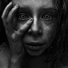 Impresionantes retratos en blanco y negro por Lee Jeffries