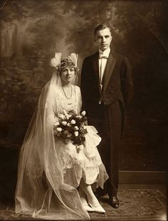 April 14, 1921 bride and groom photograph of Annie Kangeter and Dr. Charles D. Boette.  Via Charleston Museum, flickr.