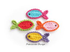 Fische - Crochet patches - Patches & Appliqué - Handmade with love in Steinhagen, Germany by Prinzessin-Design Crochet Appliques, Crochet Patterns, Diy Design, Fabric Painting, Free Crochet, Etsy, Crochet Earrings, Unique Products, How To Make