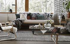 Suositko yksivärisiä vai kuviollisia sohvatyynyjä? Kodin sisustuksen tunnelma vaihtuu helposti vaihtamalla tyynynpäälliset.
