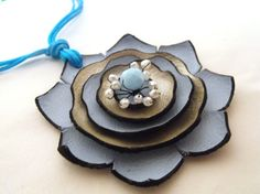 Sky blue and champagne color leather flower necklace Leather Necklace, Leather Jewelry, Leather Craft, Jewelry Crafts, Jewelry Art, Jewlery, Leather Tutorial, Mixed Media Jewelry, Leather Flowers