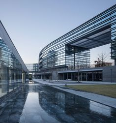 Gallery of Hangzhou Phoenix Creative Building / gad Greentown Design - 2