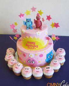 Pink Yo Gabba Gabba Cake And Cupcakes Combo