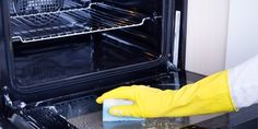 Most people see cleaning the oven as a tedious chore. If you use your oven often, it should also be cleaned regularly – at least [.