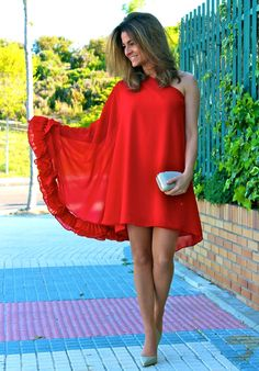 Limoneta : My red dress / Limoneta : Mi vestido rojo Simple Dresses, Elegant Dresses, Casual Dresses, Short Dresses, African Fashion Dresses, African Dress, Fashion Outfits, Classy Casual, Classy Outfits
