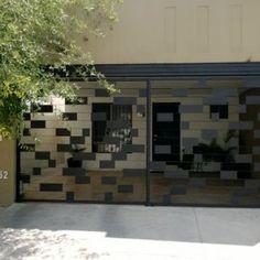 Steel Gate Design, Door Gate Design, Main Gate, Grill Design, Metal Fence, Fence Gate, Iron Gates, Little Houses, Facade