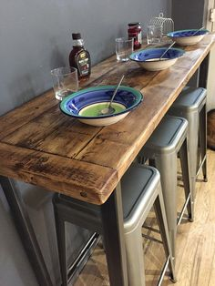 Ideas for kitchen bar table decor woods Breakfast Bar Table, Small Breakfast Bar, Breakfast Bar Small Kitchen, Kitchen Decor, Kitchen Design, Small Kitchen Bar, Kitchen Bars, Table Bar, Wooden Bar Table