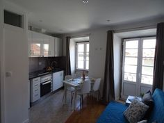 A cozy and bright apartment in the historic center! Bright Apartment, Cozy, Bedroom, Lisbon, Environment, Live, Parking Space, Smoking, Cottage House