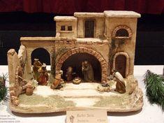 Nativity Stable, Diy Nativity, Christmas Nativity Scene, Christmas Art, Christmas Decorations, Xmas, Nativity Scenes, Ceramic Houses, Diorama
