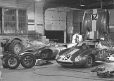 Ferrari 330 P3/4 & Lola T70
