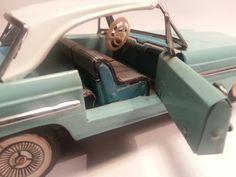 Blikken Ford Thunderbird. Made in China. Zeldzaam