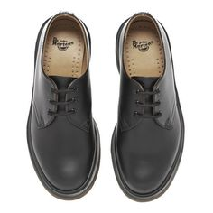 Dr. Martens Unisex Core Classics 1461 Leather Shoes ($145) ❤ liked on Polyvore featuring shoes, flats, dr martens shoes, black lace up shoes, leather flat shoes, black lace up flats and flat pumps