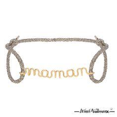 Chaque bijou à message est réalisé d'un seul et unique fil de métal précieux à la mainpar l'Atelier Paulin. Ce petit bracelet en fil gold 14 carats et son cordon en fil de …