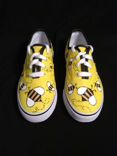 Bumble Bee shoes - yet another cute idea.