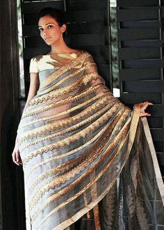 I dont like saris 4 me. But this would be gorgeoussss as an anarkli India Fashion, Ethnic Fashion, Asian Fashion, Indian Bridal Wear, Indian Wear, Indian Style, Indian Ethnic, Indian Dresses, Indian Outfits