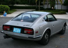 See this? I had one, once. I'd love to have it back. Fun to drive, but temperamental as hell. 1973 Datsun 240Z