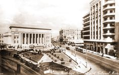 A view of the courthouse in downtown Cairo, mid century Amelia Peabody, Tahrir Square, Old Egypt, Golden Days, Vintage Pictures, Cairo, Alexandria, Middle East, Egyptian