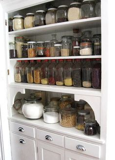 i'm hoping that this is what our pantry will one day look like (preferably plastic containers, since we're in earthquake country) -- attractive, organized, and keeps pests out of your ingredients!