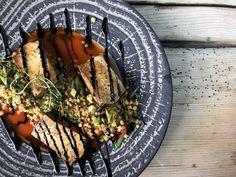 Mmmmh - genieße unsere hausgemachten Köstlichkeiten in unserem Mountain Restaurant! Wiener Schnitzel, Acai Bowl, Restaurant, Breakfast, Food, Eat Lunch, Food Dinners, Kaiserschmarrn, Home Made
